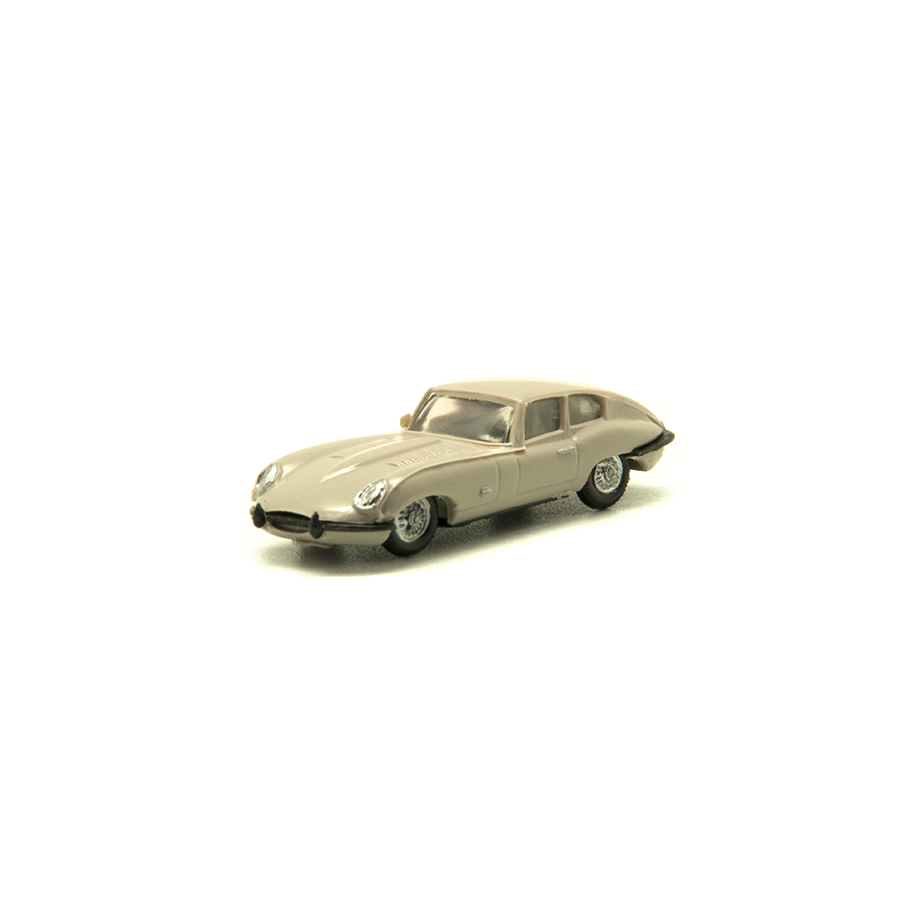 JAGUAR E TYPE BEIGE