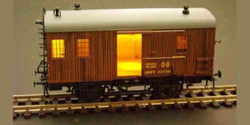 BAGGAGE CAR nº 61305 WITH LIGHT